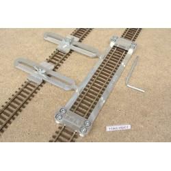 TT/K/L150/C1, Šablona rovná pro pokládku flexi kolejí KUEHN-TT,délka 150mm + 2 nastavitelné spojky