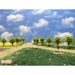 54Z1TT-stromy,zelené,kulaté, 4cm