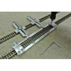 N/F/L150, Šablona rovná pro pokládku flexi kolejí FLEISCHMANN-N,délka 150mm,1ks